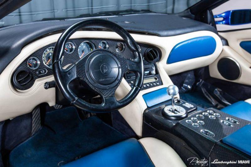 2001 Lamborghini Diablo VT 6.0 Interior Cabin Dashboard