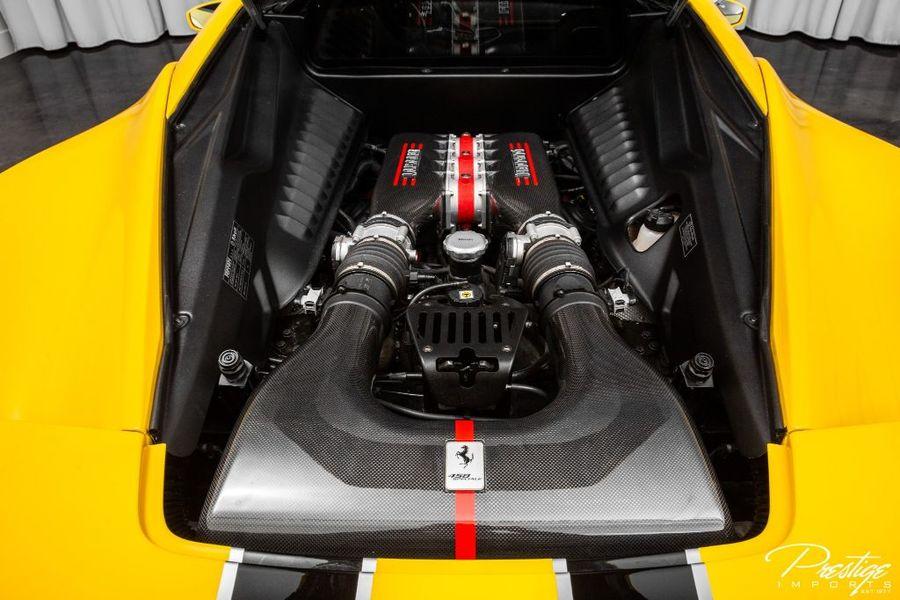 2014 Ferrari 458 Italia Speciale Interior Engine Bay