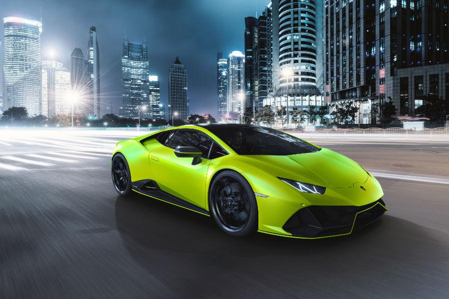 2021 Lamborghini Huracan EVO Fluo Capsule Verde Shock Exterior Passenger Side Front Profile