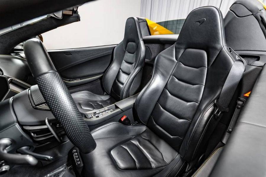 2016 McLaren 650 S Interior Cabin Seating