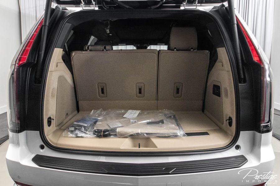2021 Cadillac Escalade Premium Luxury Interior Cabin Cargo Area