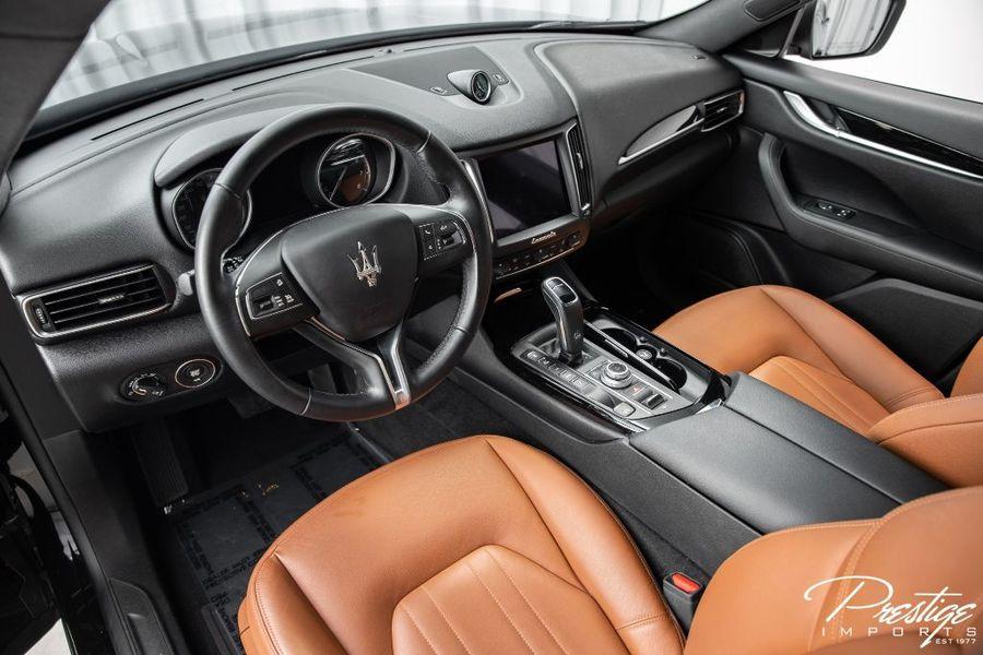 2019 Maserati Levante Interior Cabin Dashboard