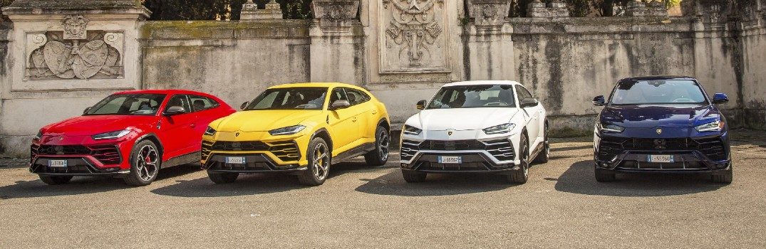 What does travel photographer Luca Bracali think of his Lamborghini Urus?