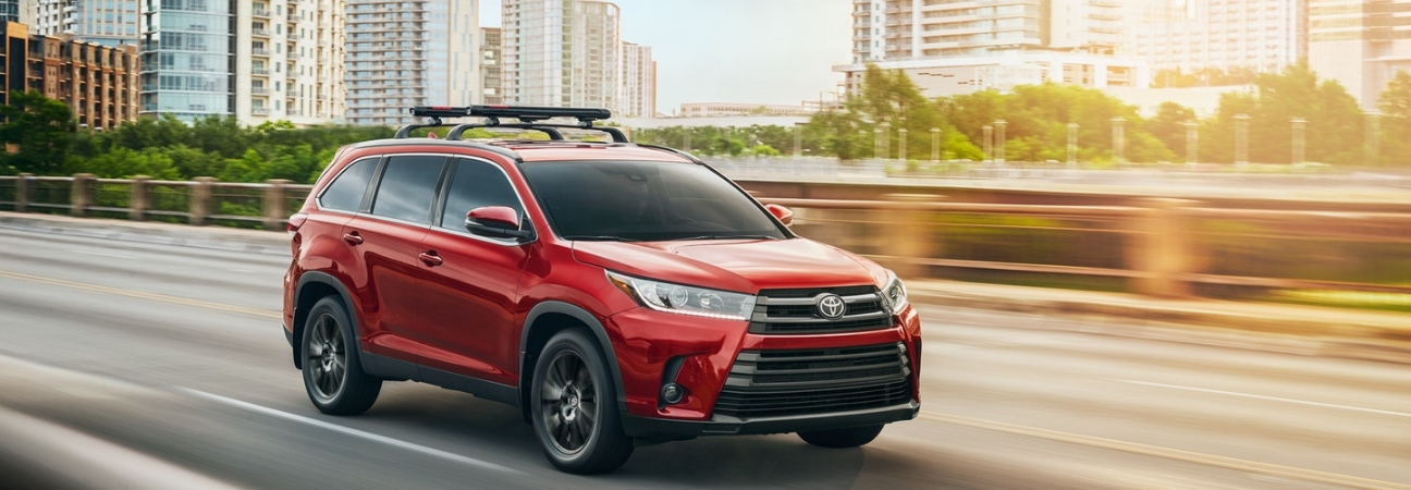 Your Inside Look at the 2019 Toyota Highlander