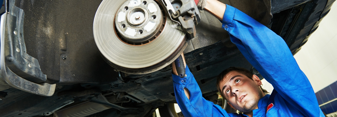 Benefits of Regular Car Brake Maintenance Service