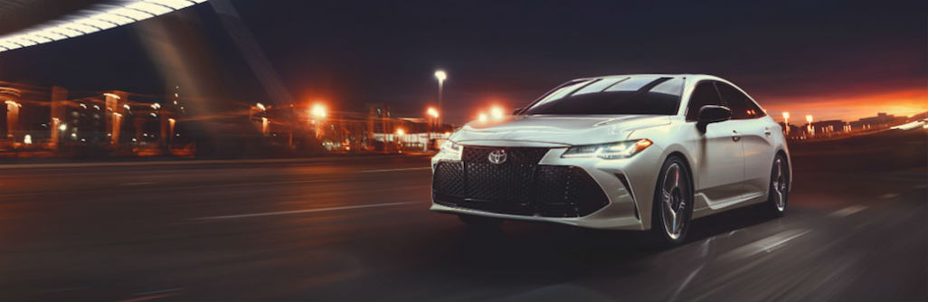 2019 Toyota Avalon Exterior Driver Side Front Angle