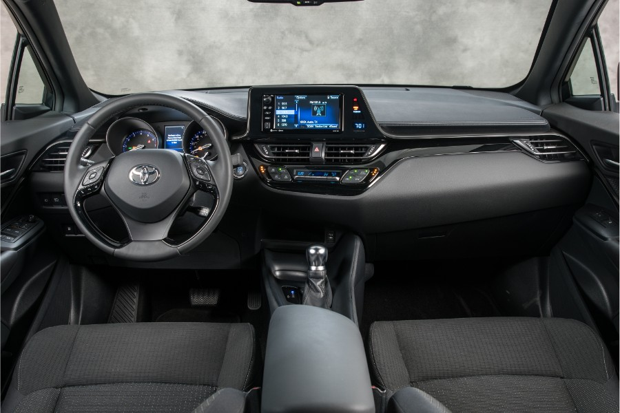 2019-Toyota-C-HR-Interior-Cabin-Dashboard