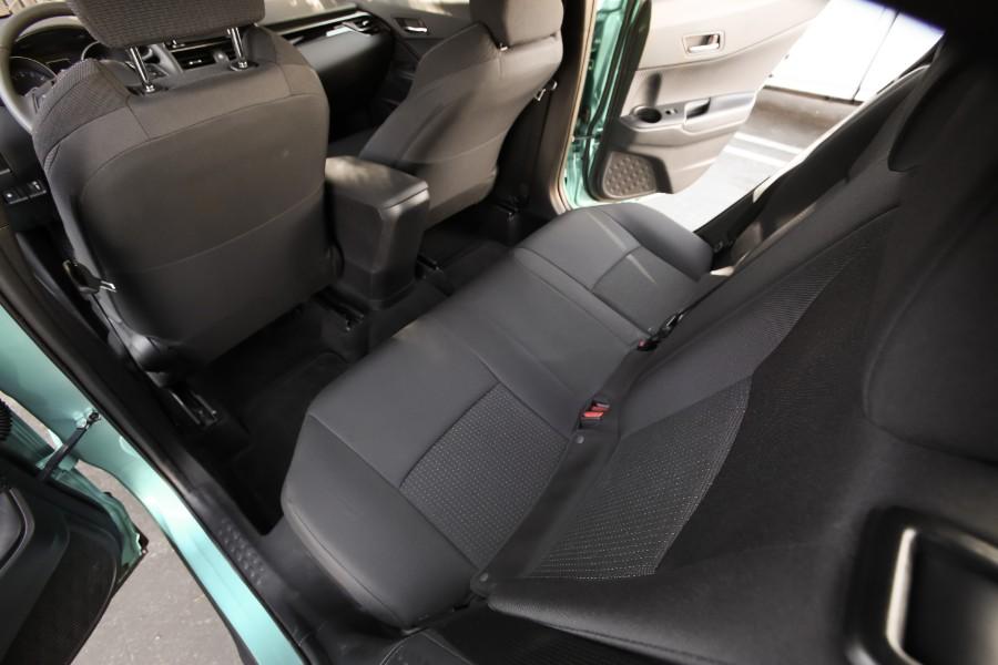 2019-Toyota-C-HR-Interior-Cabin-Rear-Seating