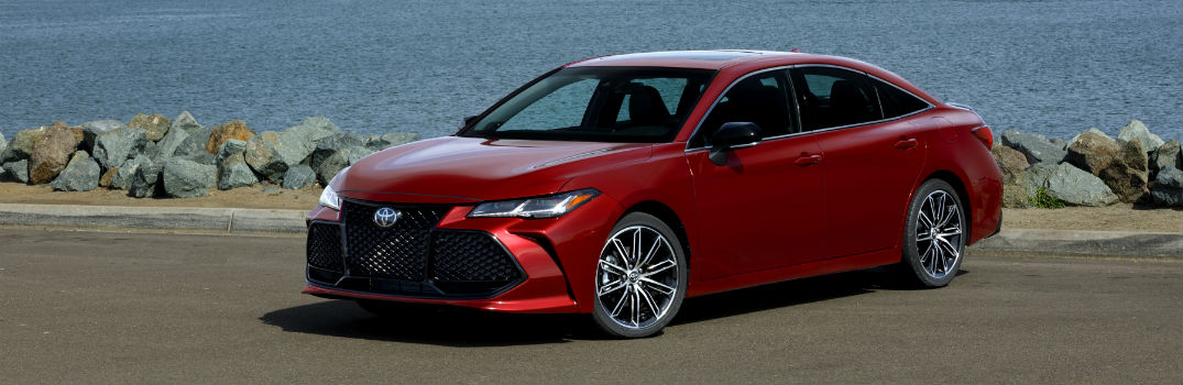 2019 Toyota Avalon Exterior Driver Side Front Profile