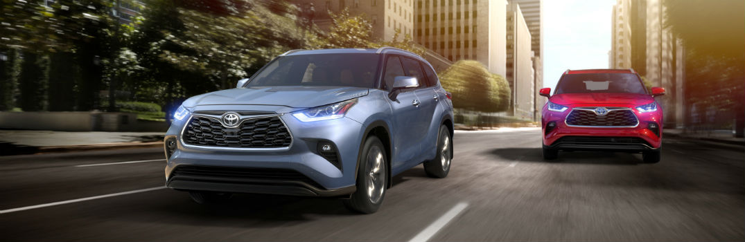 2020 Toyota Highlander Exterior Driver Side Front Angles