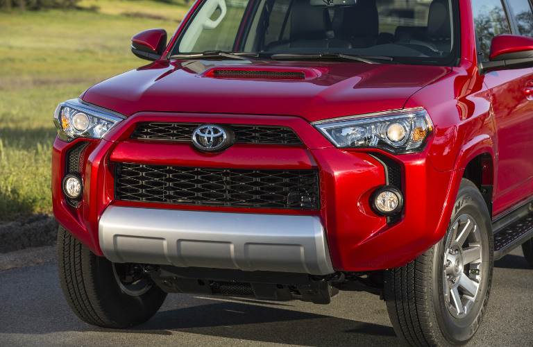2018 Toyota 4Runner Front Grille And Headlights