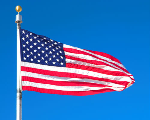 Things To Do Memorial Day Weekend In East Tennessee » American Flag  On Flagpole_b