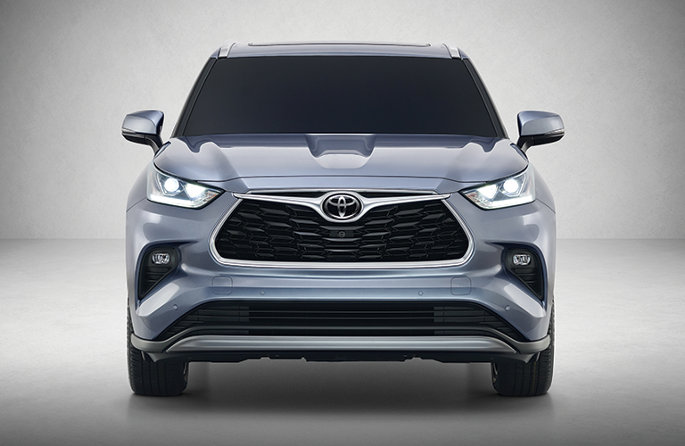 2020 Toyota Highlander front grille and headlights
