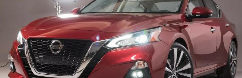 2019 nissan altima front end closeup