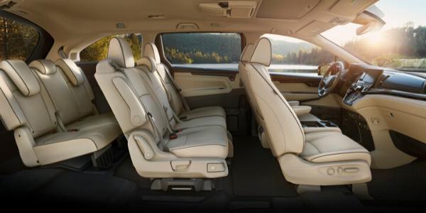 Interior view of 2021 Honda Odyssey