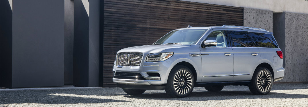 https://blogmedia.dealerfire.com/wp-content/uploads/sites/616/2017/06/certified-2018-lincoln-navigator_o.jpg