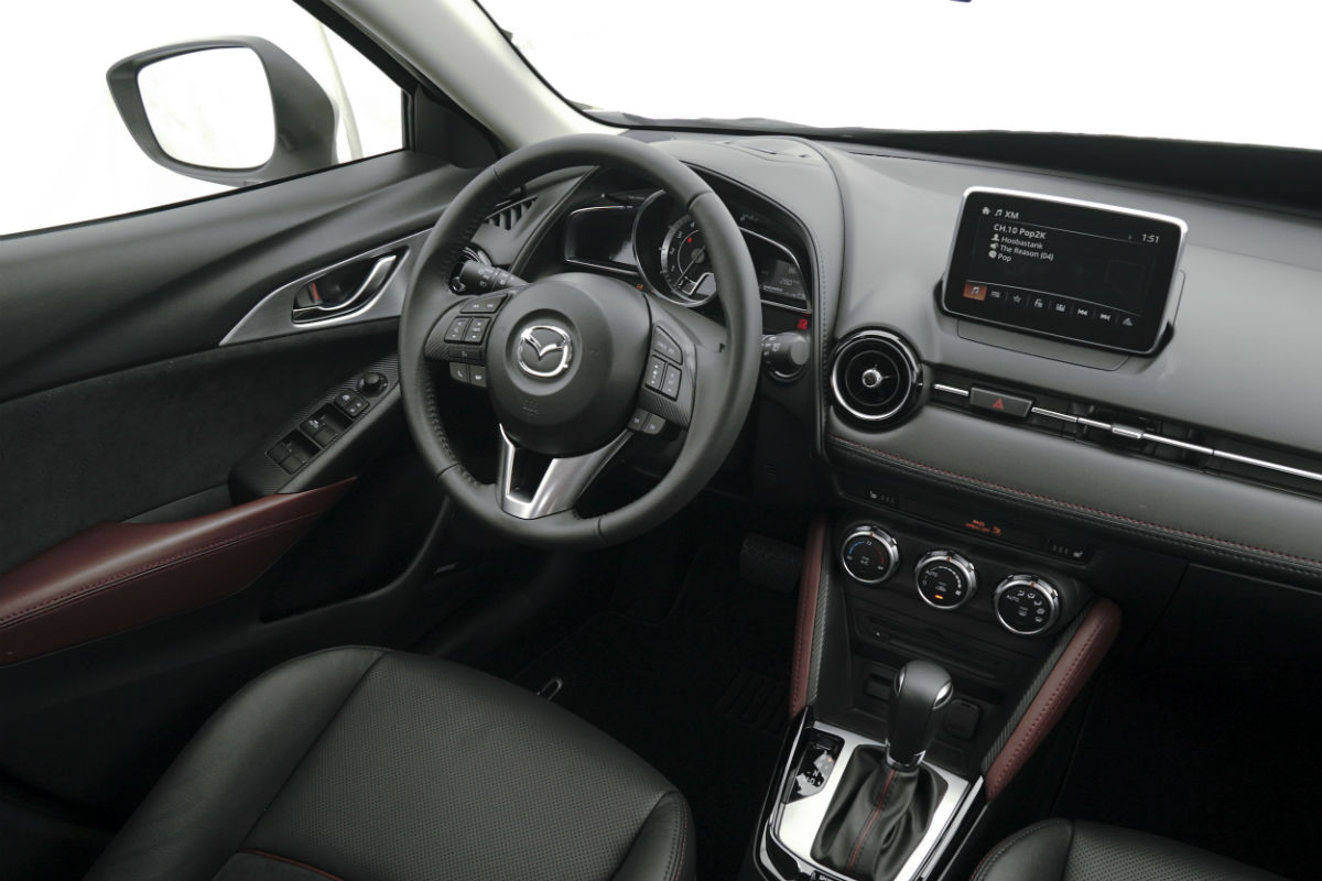 2017 Mazda CX-3 front interior driver dash and display ...