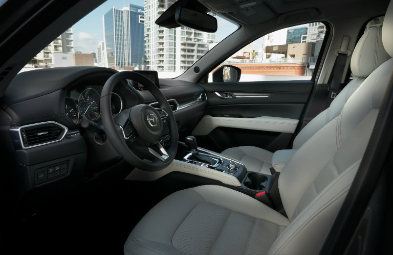 Driver-and-front-passenger-seats-of-2018-Mazda-CX-5