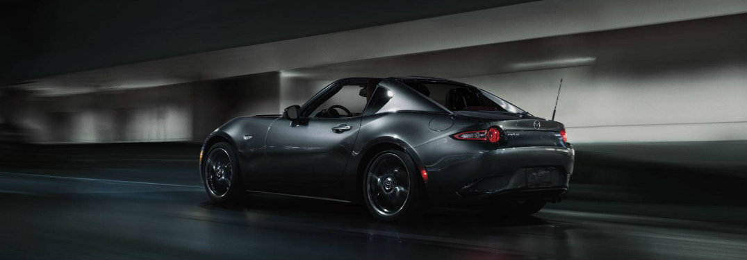 2018 Mazda MX-5 Miata RF debuts at Chicago Auto Show