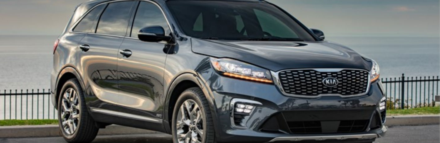 2019 Kia Sorento Side and Front End View