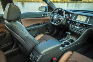 2019 Kia Optima driver seat and center console