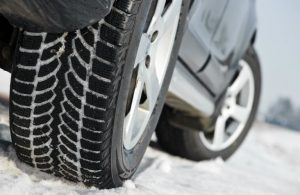 car tires on snow