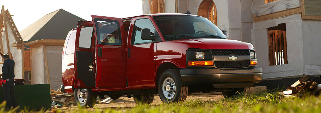2017 chevy express 2500 cargo van capability and versatility. Black Bedroom Furniture Sets. Home Design Ideas