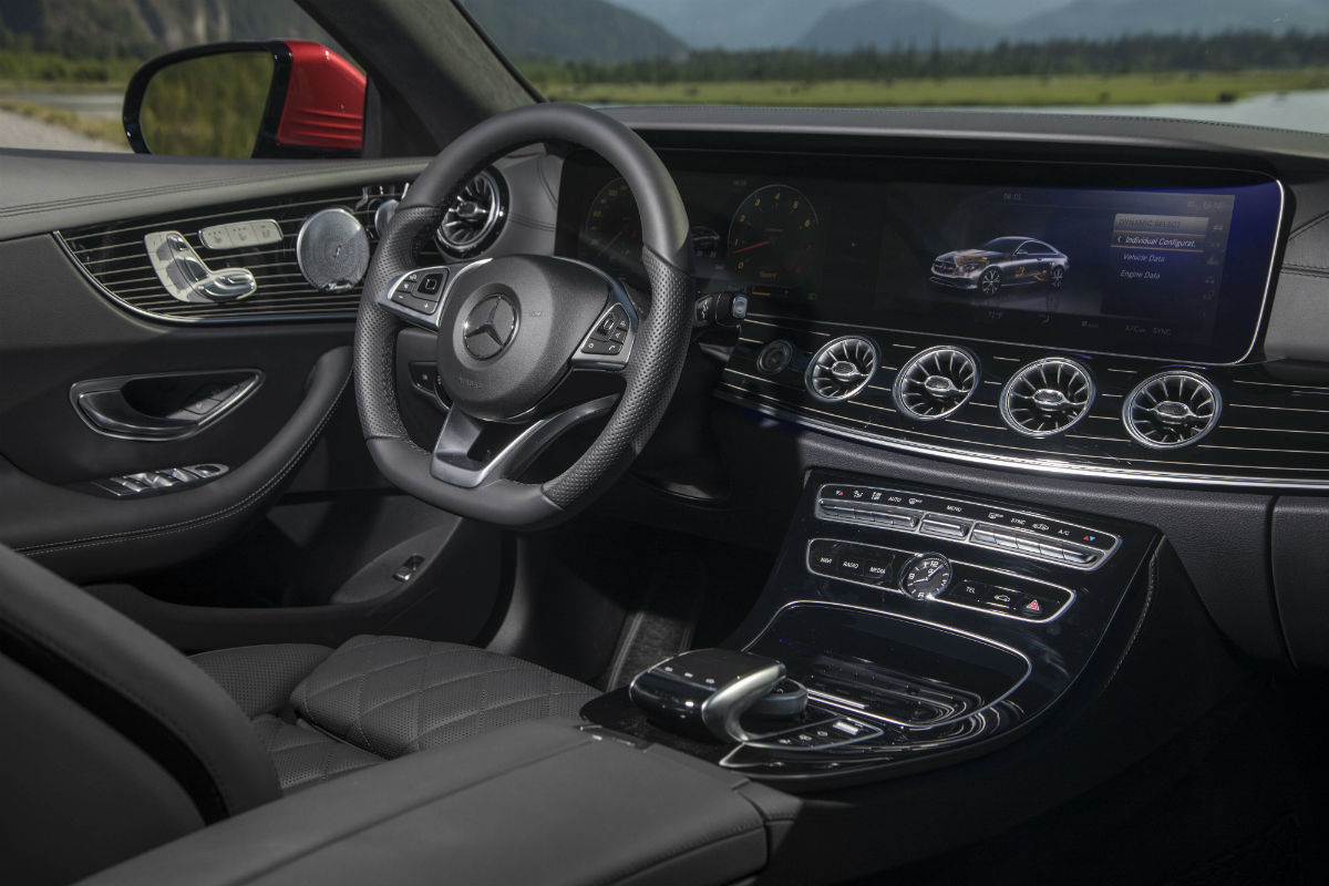 2018 mercedes-benz e-class coupe front interior driver dash and