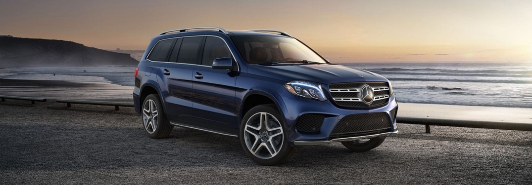 Side view of a blue 2019 Mercedes-Benz GLS