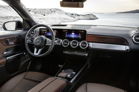 Interior and dashboard of the 2020 Mercedes-Benz GLB