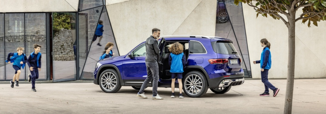 Adults and young kids getting into the new 2020 Mercedes-Benz GLB
