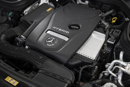Hybrid engine in the Plug-in Hybrid Mercedes-Benz GLC 350e 4MATIC EQ Power