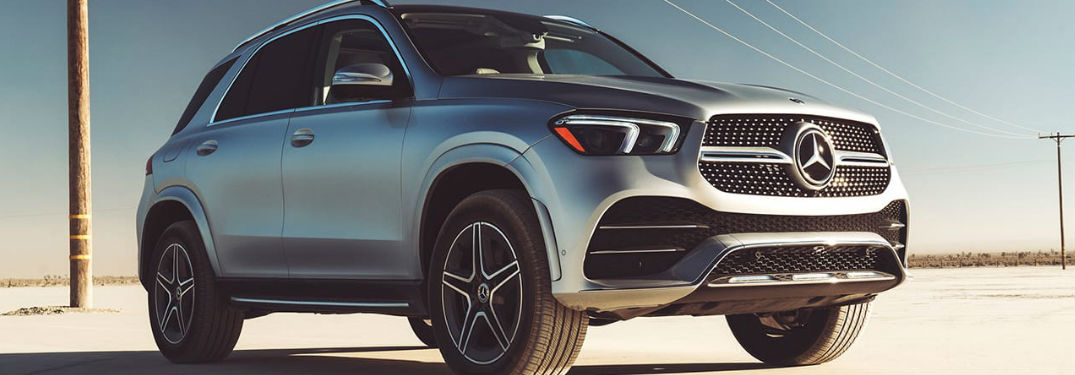 2020 Mercedes-Benz GLE front and side profile