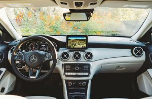 2020 Mercedes-Benz GLA dashboard