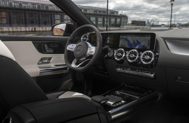 2021 Mercedes-Benz GLA dashboard