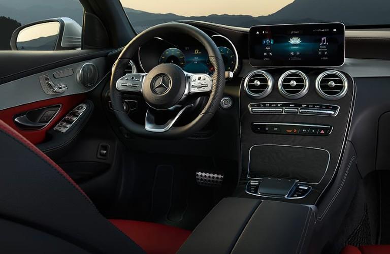 2021 Mercedes-Benz GLC dashboard
