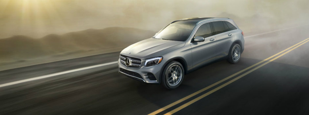 2017 Mercedes-Benz GLC 300 seating capacity and interior features