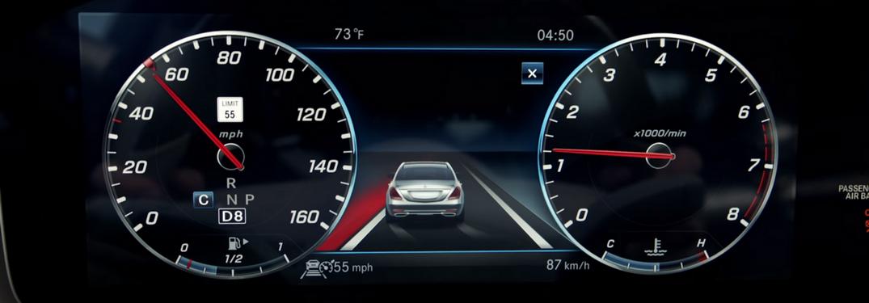 Information cluser on 2018 Mercedes-Benz model