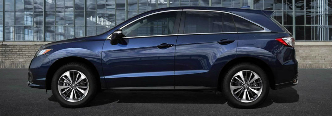 Side view of a 2018 Acura RDX