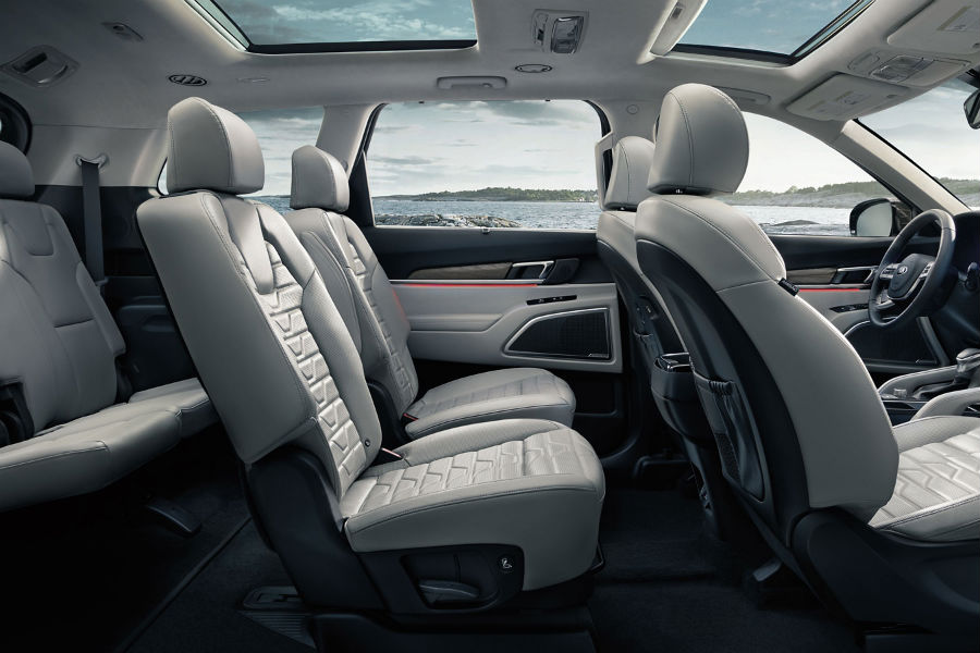 A photo of the seating options in the Kia Telluride.