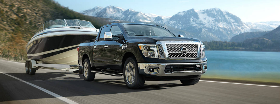 2017 Nissan TITAN towing capacity