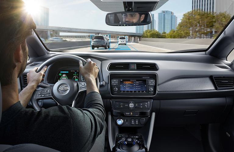 2018 Nissan LEAF interior - Nissan of Melbourne