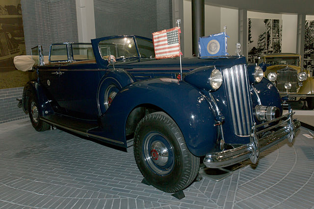 what car did Franklin D. Roosevelt drive - Packard 12