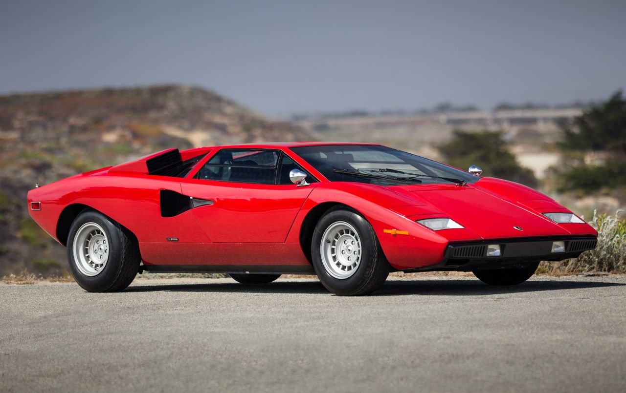lamborghini-countach-picture-red