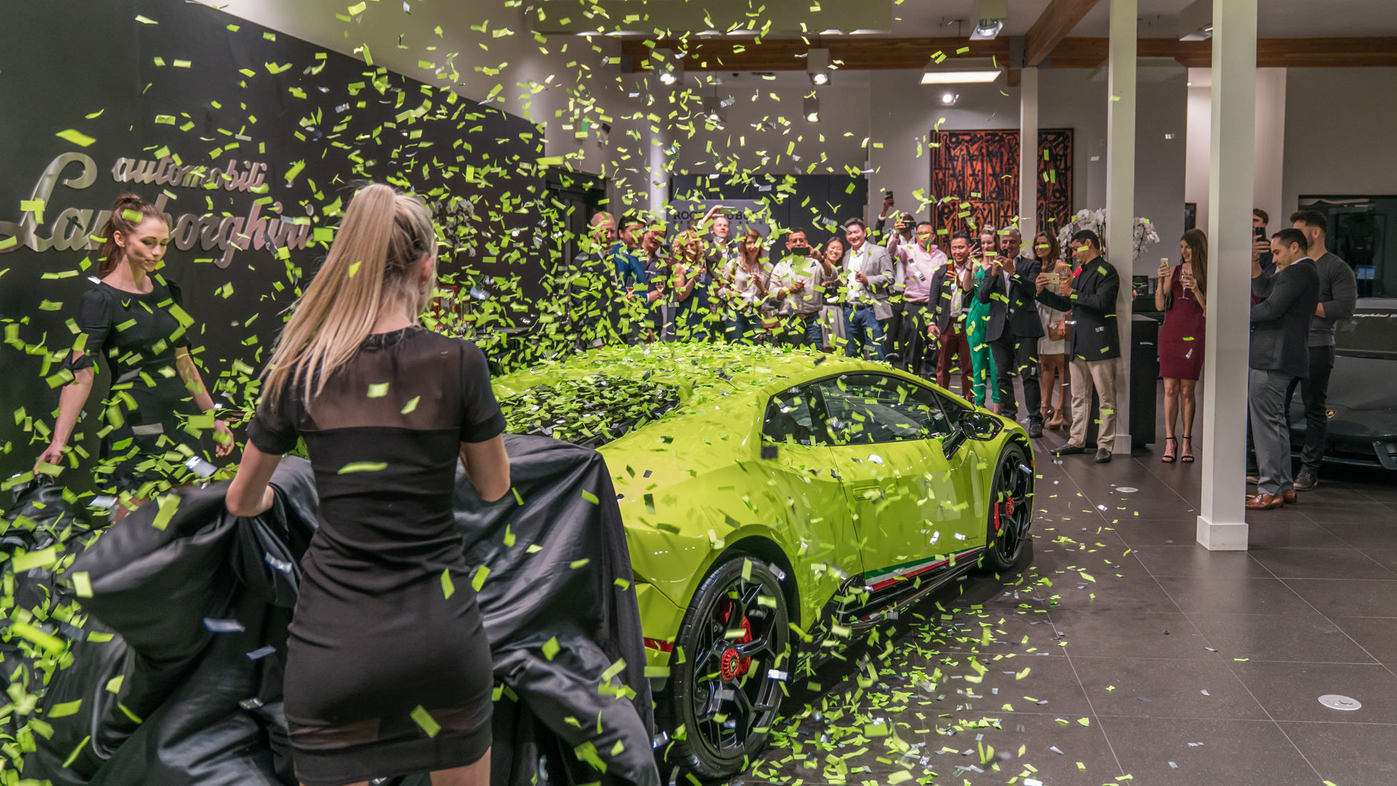 PRIVATE PERFORMANTE UNVEILING - LAMBORGHINI BEVERLY HILLS