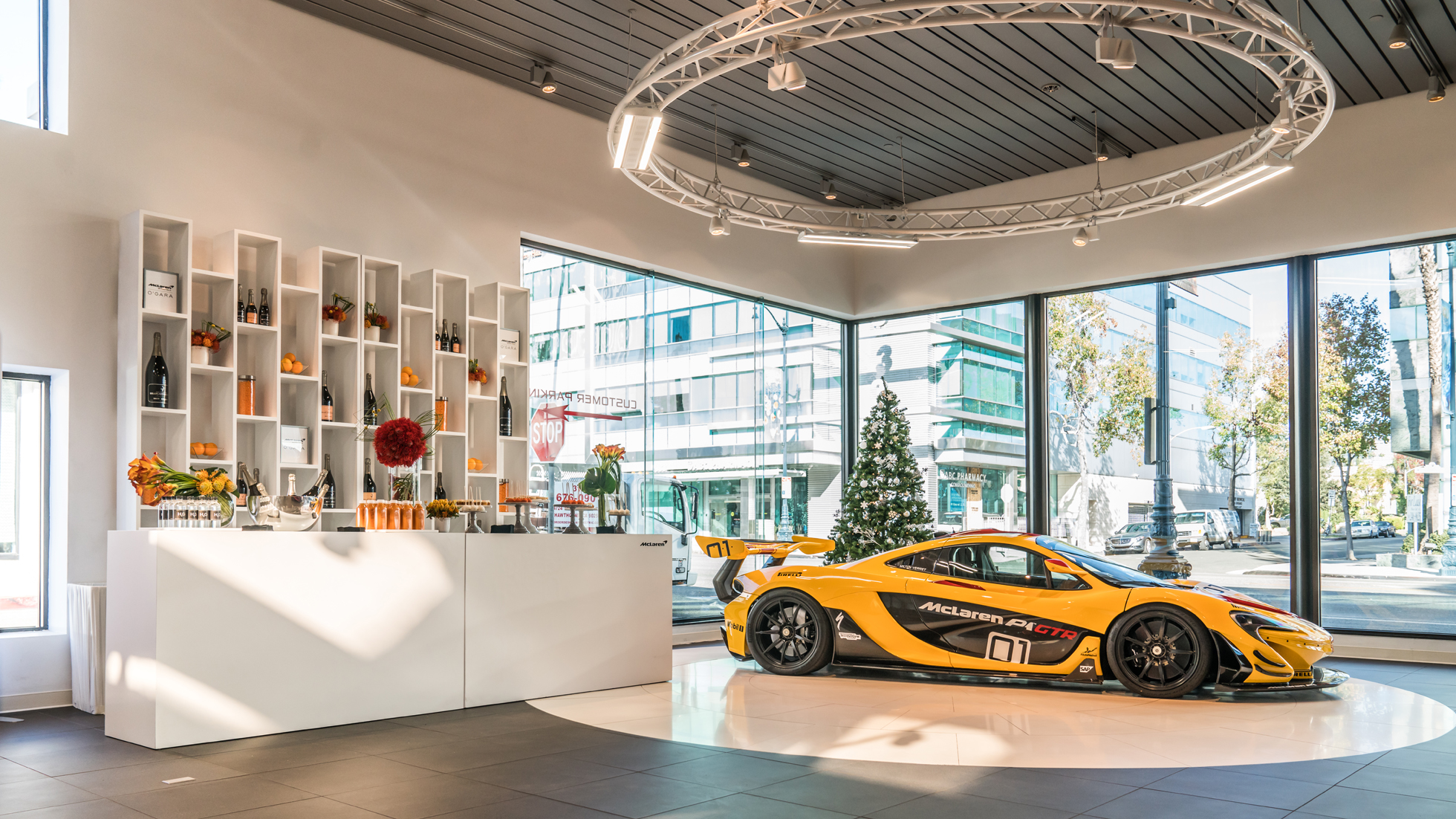 MCLAREN BY O'GARA OPEN HOUSE - MCLAREN BEVERLY HILLS