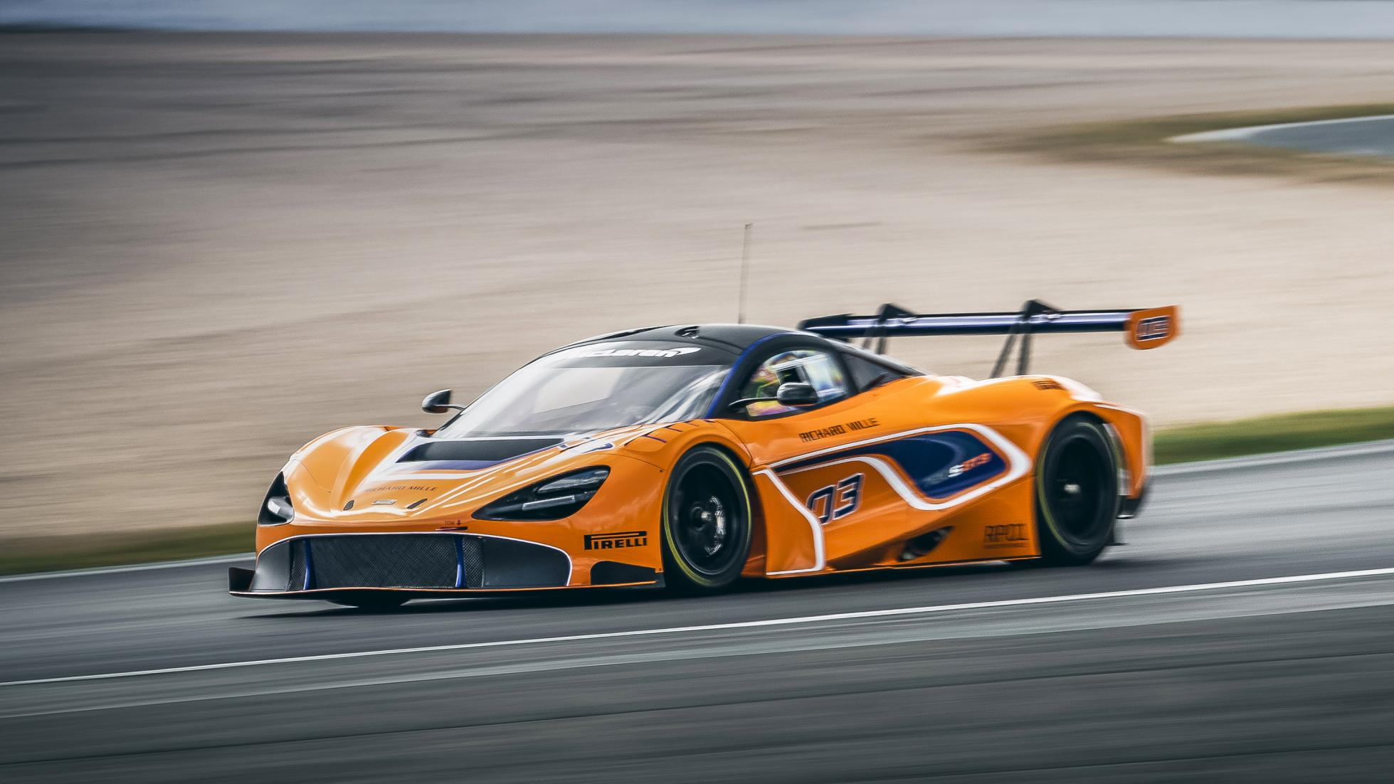 MCLAREN 720S GT3 MAKES ITS RACING DEBUT - MCLAREN BEVERLY HILLS