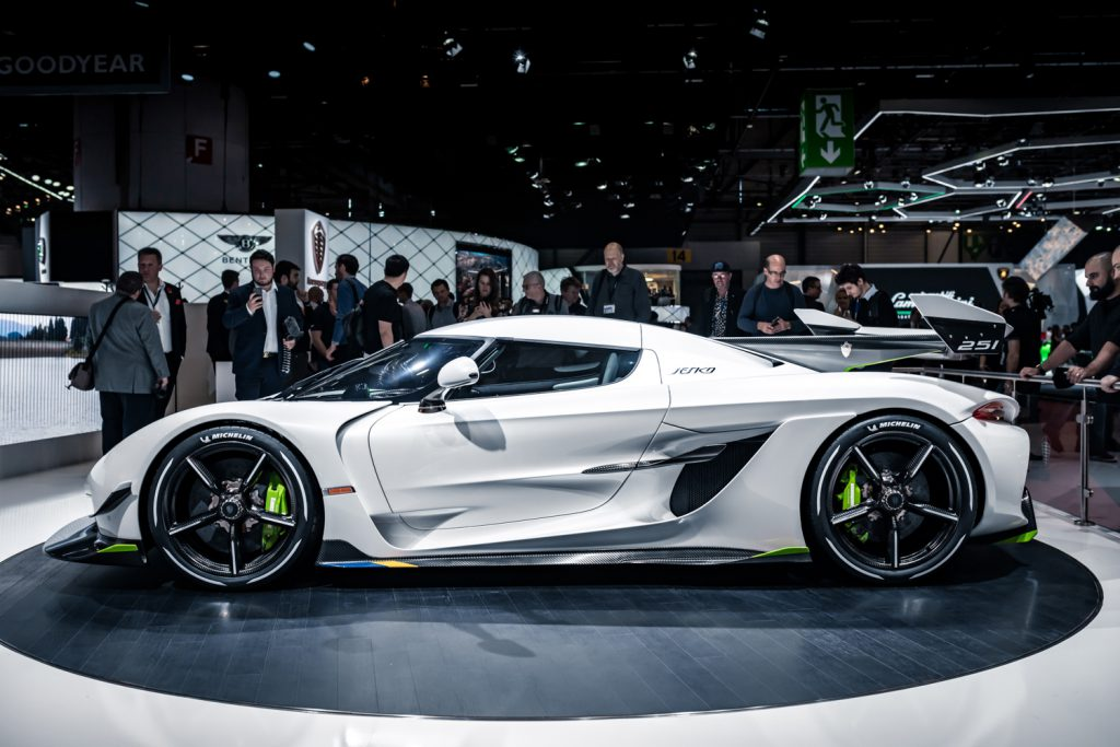 The Koenigsegg Jesko's Attention To Detail: 34 Layers of Paint
