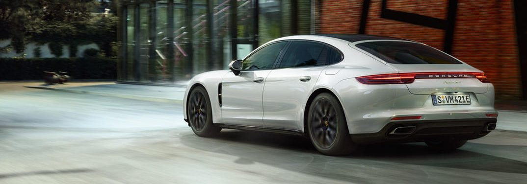 full view of the2018 Porsche Panamera 4 E-Hybrid