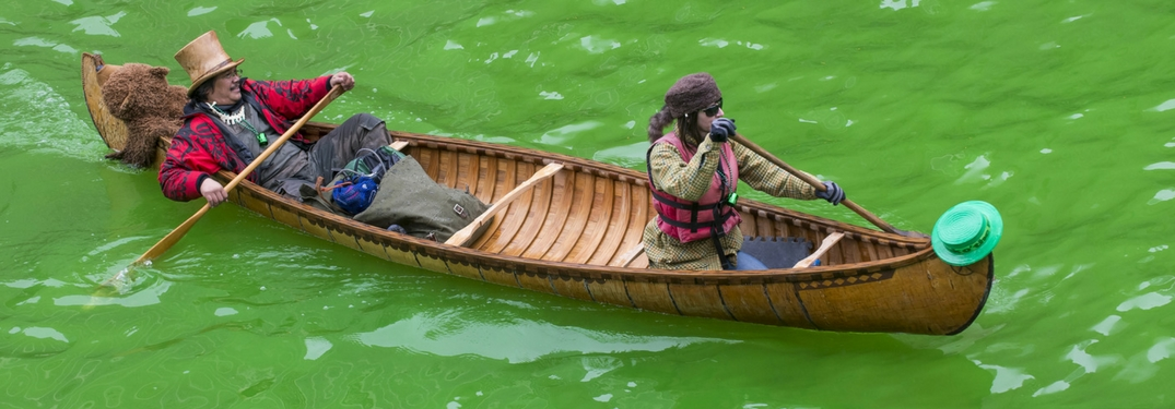 Chicago River Dyed Green for the Chicago St. Patrick's Day Parade With boat